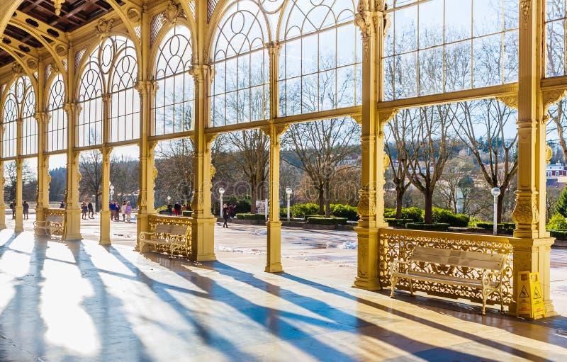 Czerep kolumnada w zdroju grodzki Marianske Lazne Marienbad Cz fotografia royalty free