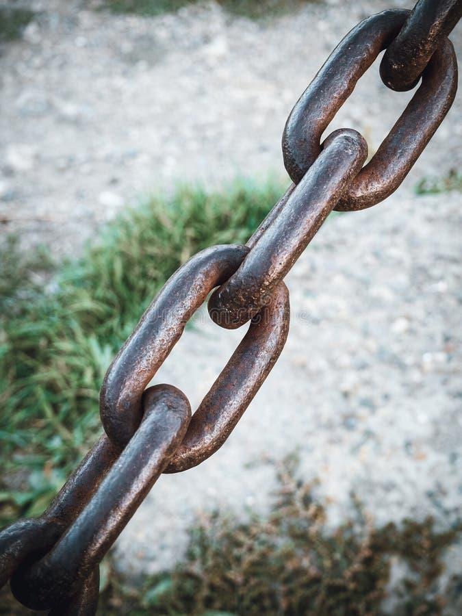 Czerep metalu ośniedziały łańcuszkowy rocznik zdjęcie stock