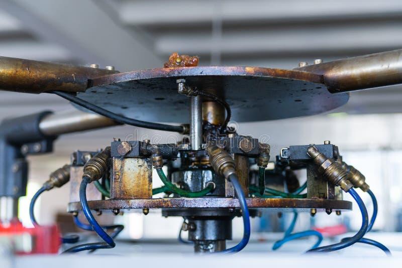 Czerep przemysłowy mechanizm z pneumatycznymi drymbami obraz royalty free