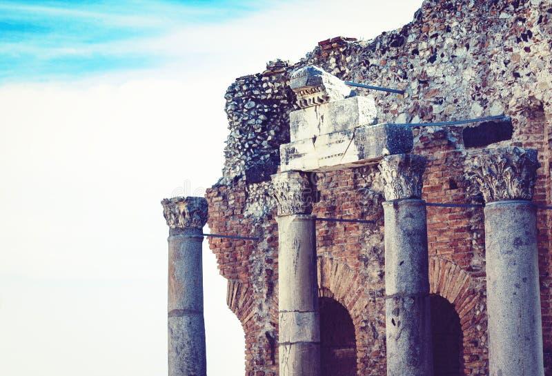 Czerep ruiny amfiteatr w Taormina, Sicily, W?ochy fotografia stock