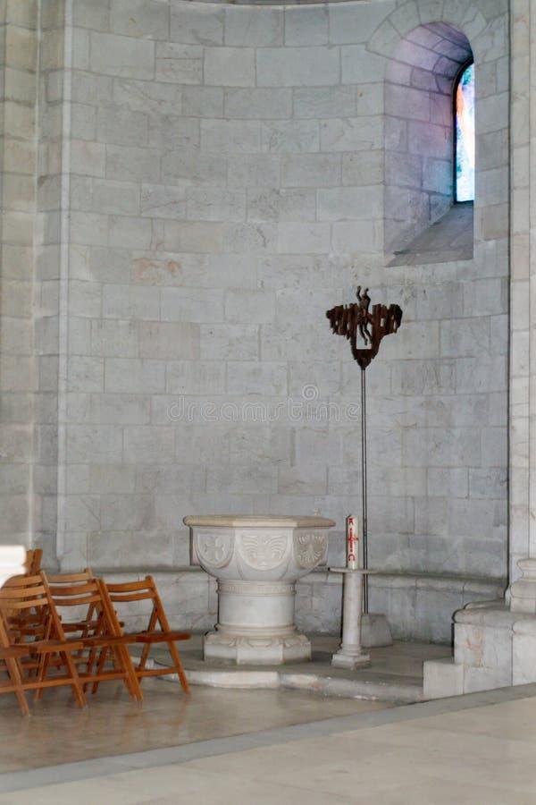 Czerep wnętrze Ewangelicki Luterański kościół odkupiciel w starym mieście Jerozolima, Izrael zdjęcia stock