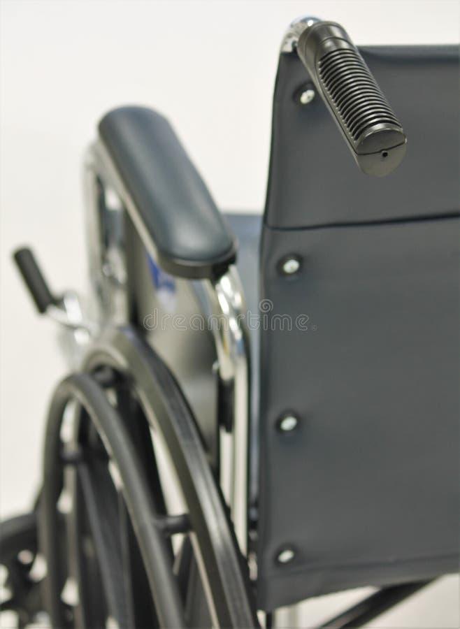 czernić wózek inwalidzki zdjęcia royalty free