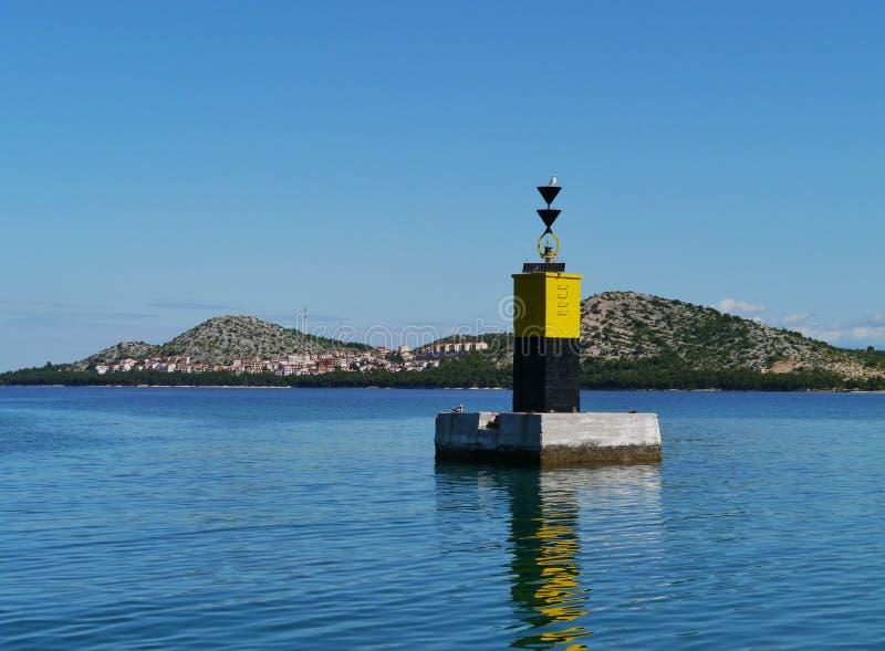 Czerni i yelllow bakan w Adriatyckim morzu fotografia royalty free