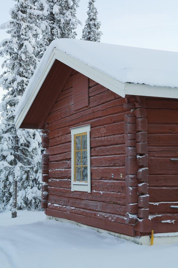 czerwień domowy śnieg obraz stock