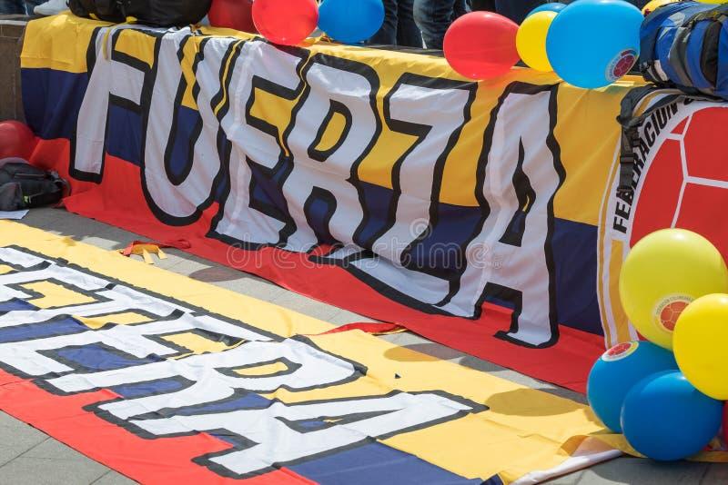 Czerwiec 14, 2018 Rosja, Moskwa, FIFA flaga uczestnicy puchar świata kłama przy placu czerwonego ibefore otwierać świat obraz royalty free