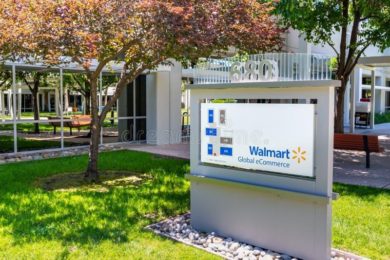 Czerwiec 1, 2019 Sunnyvale, CA, usa/- Walmart eCommerce Globalni biura w biznesowym parku lokalizowa? w Krzemowa Dolina zdjęcie stock