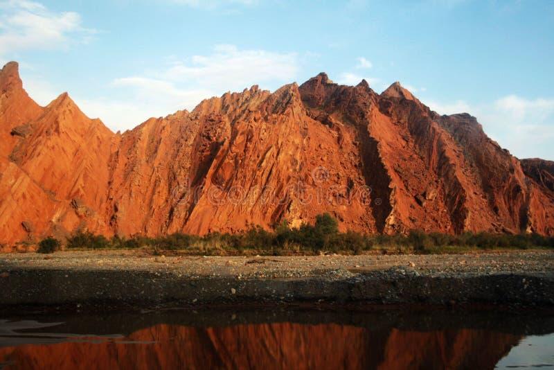 czerwieni halna skała zdjęcia royalty free
