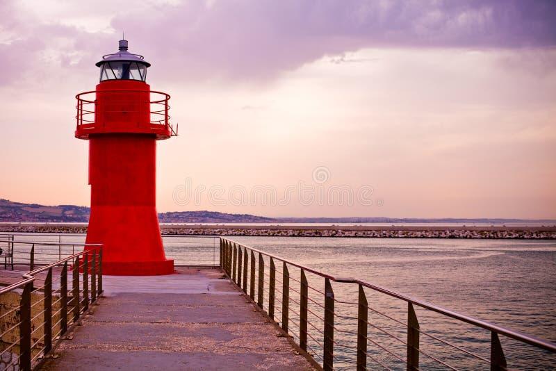 Czerwona latarnia morska Ancona, Włochy zdjęcia stock