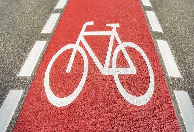 Czerwona rowerowa ścieżka zdjęcia royalty free