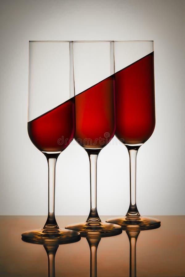 Czerwona woda W szkłach zdjęcie stock