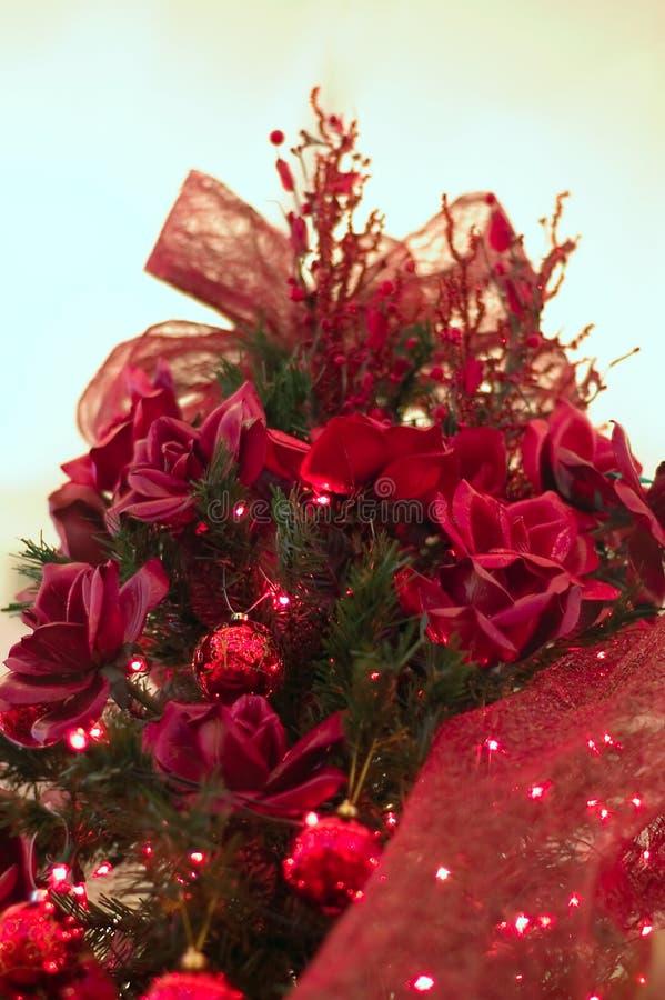 czerwone świąteczne drzewko zdjęcie royalty free