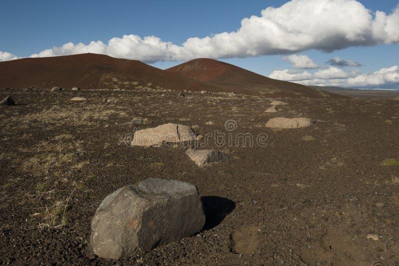 Czerwone góry w Iceland zdjęcia royalty free