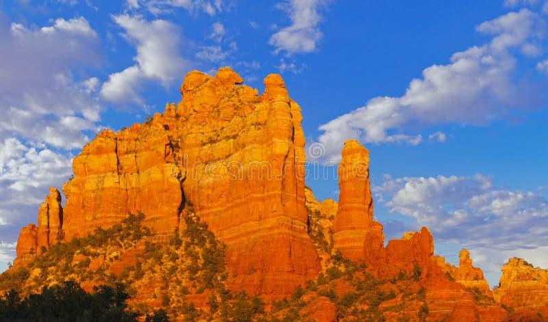 Czerwone Rockowe iglicy Sedona zdjęcie stock