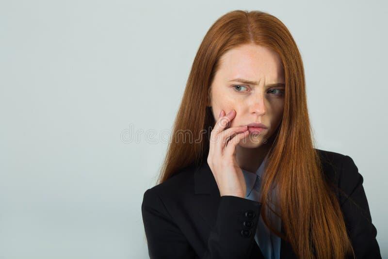 czerwone włosy piękną dziewczynę young fotografia royalty free
