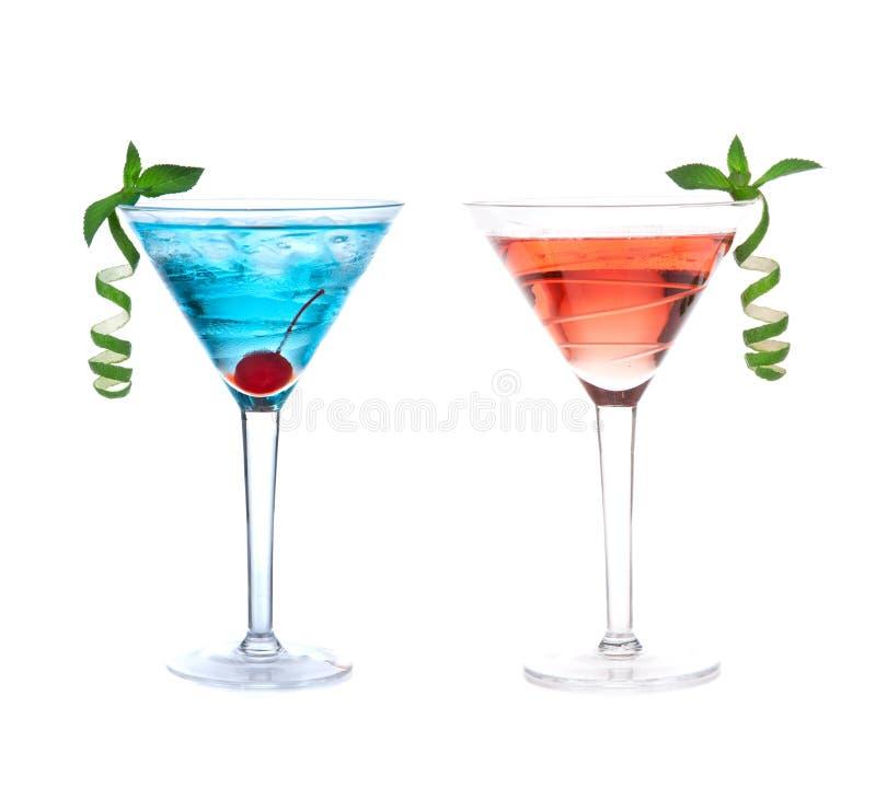 Czerwonego i błękitnego alkoholu koktajli/lów kosmopolityczni napoje zdjęcie stock