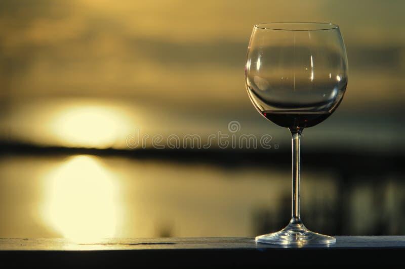 Czerwonego wina szkło fotografia royalty free