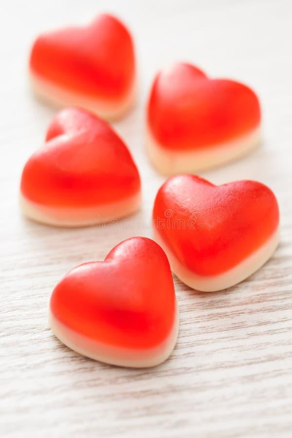 Czerwoni cukierków serca zdjęcie stock