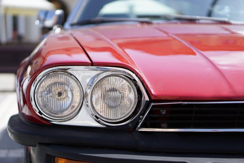 Czerwoni Klasyczni Samochodowi reflektory obrazy royalty free