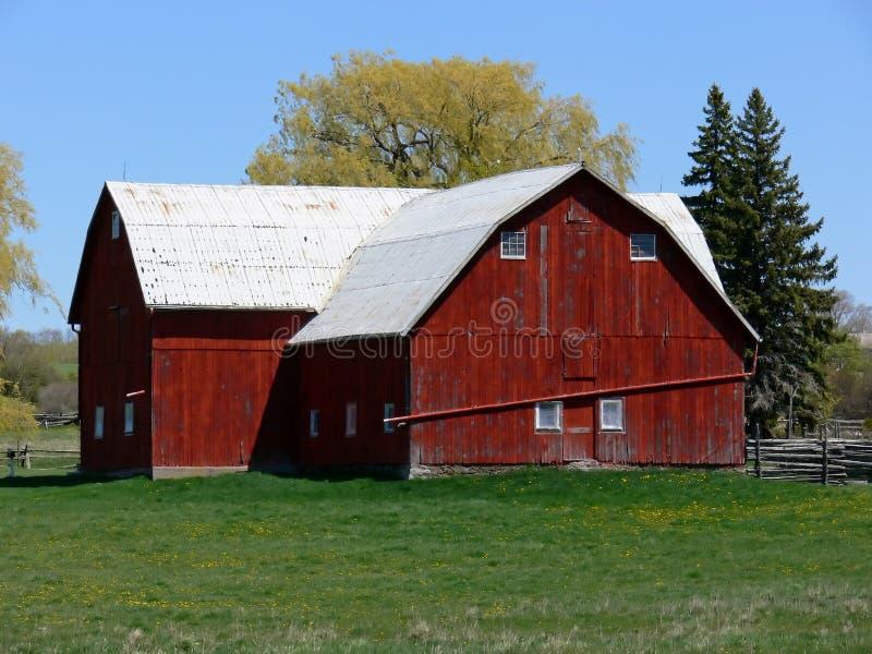 czerwony barn obrazy stock