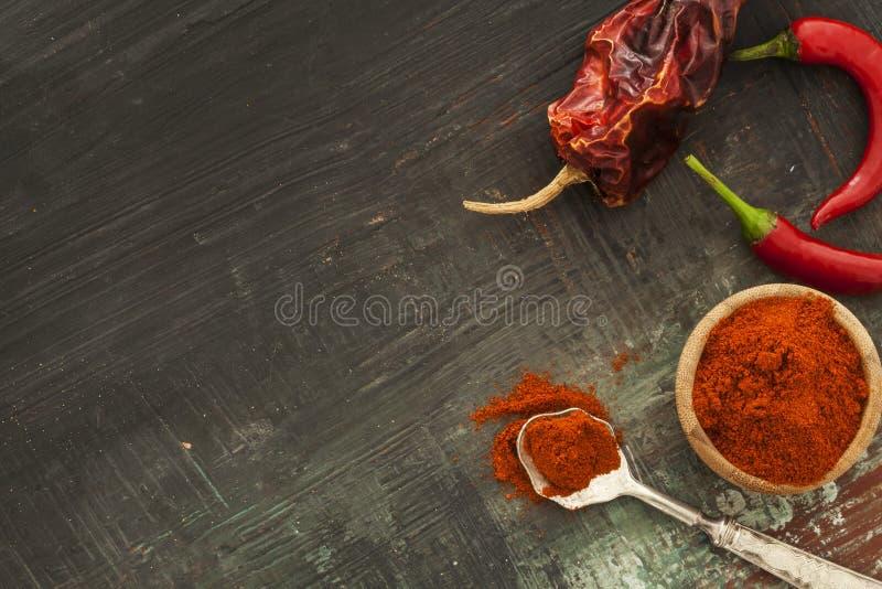 Czerwony chłodny pieprz, wysuszeni chilies fotografia royalty free