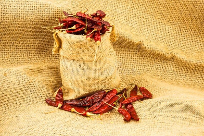 Download Czerwony Chili obraz stock. Obraz złożonej z torba, składnik - 57661393