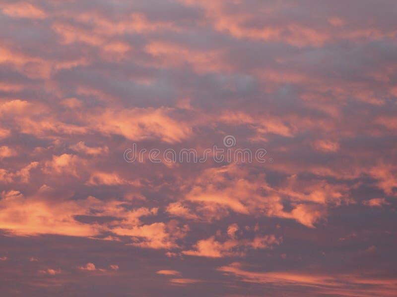 czerwony chmury zdjęcia stock