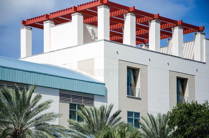 czerwony dach obrazy stock