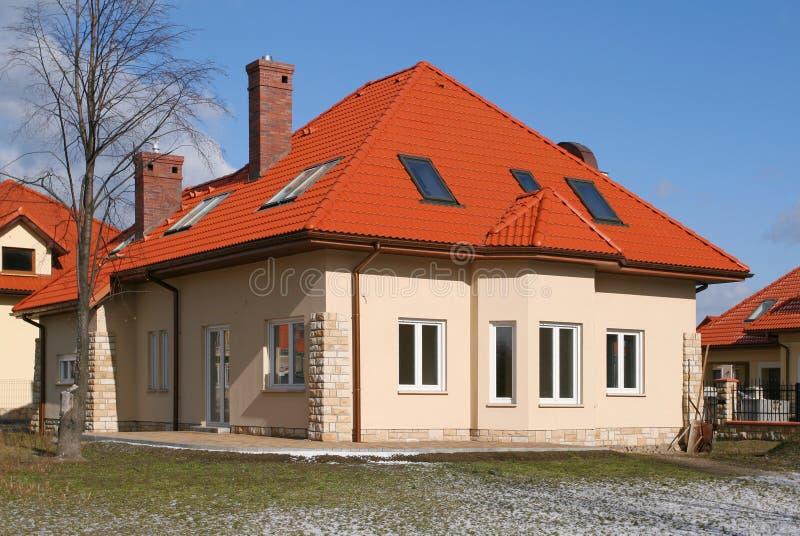 czerwony dach domu obraz royalty free