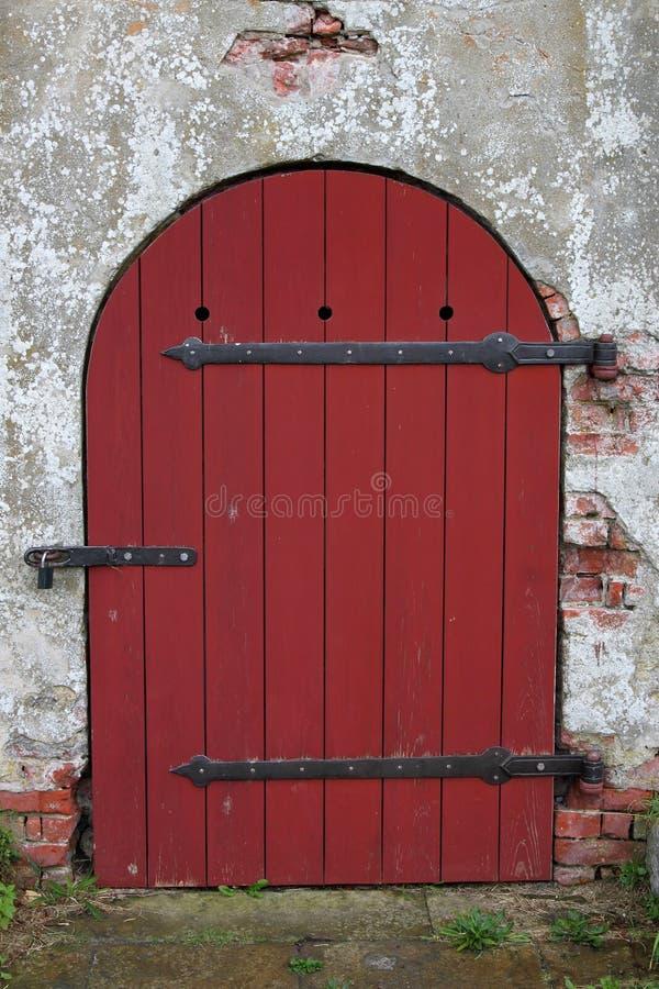 Czerwony drewniany round średniowieczny obraz royalty free