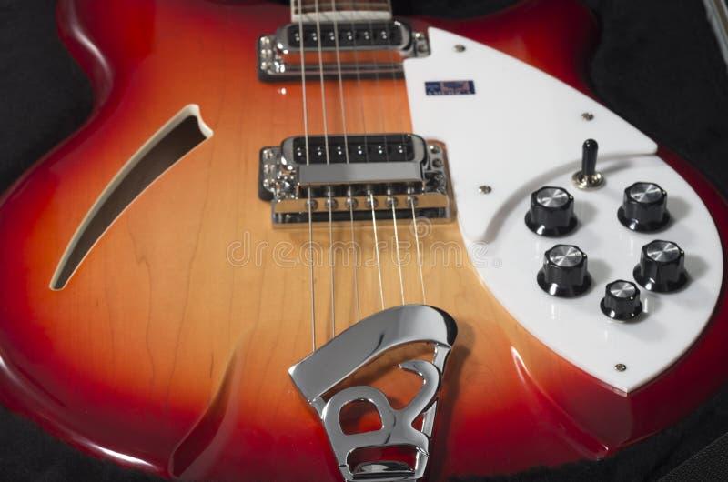 czerwony gitary elektrycznej obrazy stock