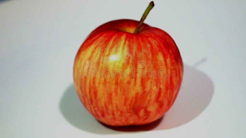 Czerwony jabłko na białym tle zdjęcie stock