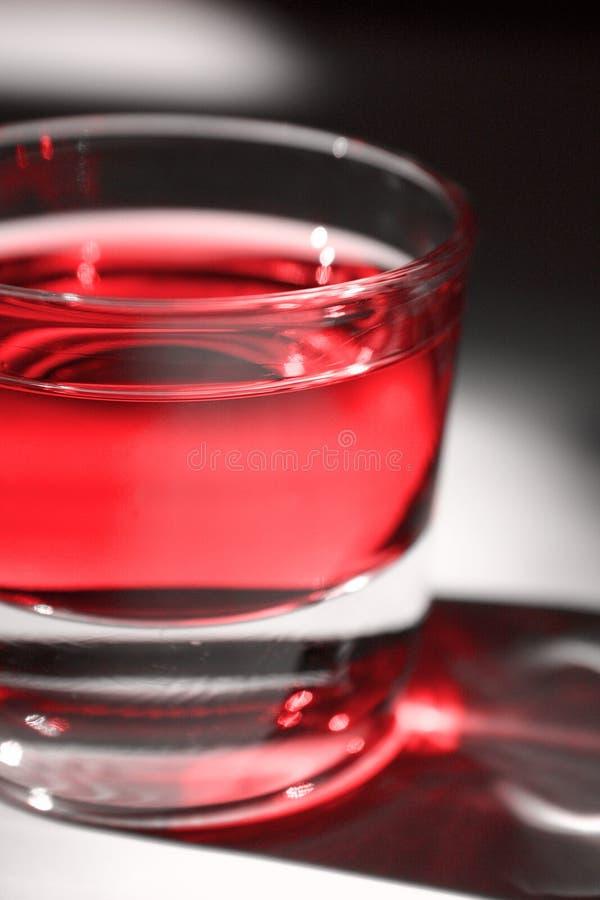 Download Czerwony koktajl zdjęcie stock. Obraz złożonej z wino, pijący - 139950