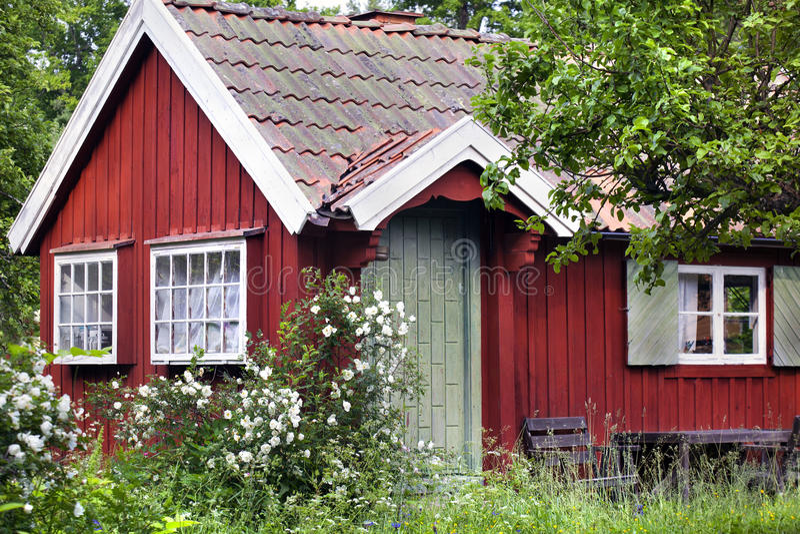 Czerwony lato dom fotografia stock