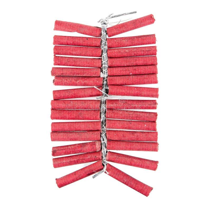 Czerwony petarda sznurek odizolowywający na białym tle petardy obraz stock