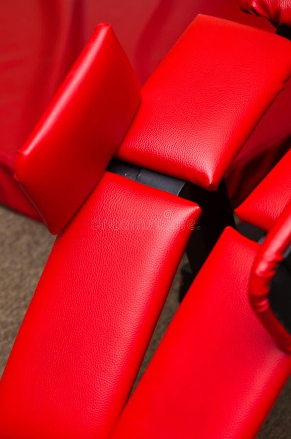 Czerwony rzemienny gym wyposażenie
