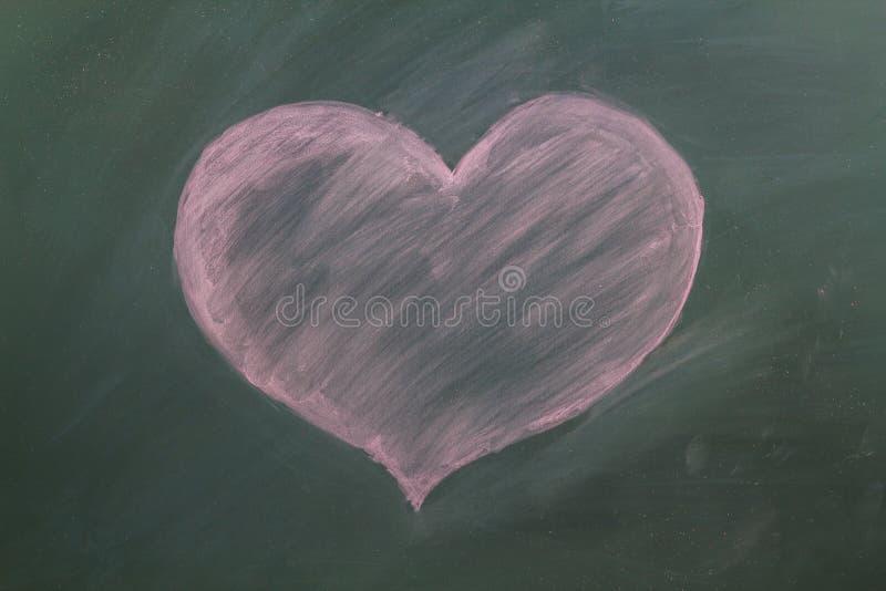 Czerwony serce w kredzie fotografia stock