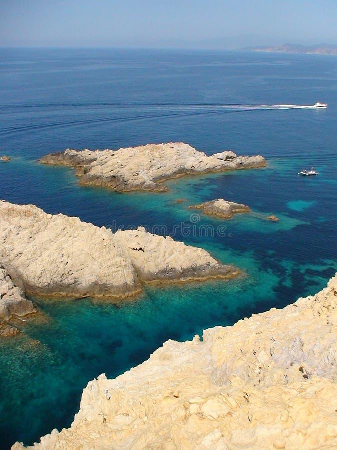 Czerwony Skalisty wybrzeże Corsica zdjęcie stock