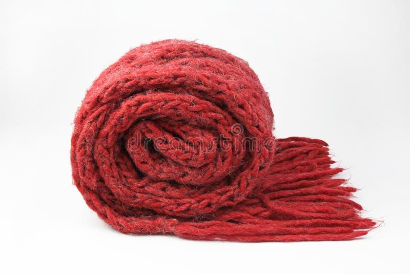 Czerwony szalik na bielu obraz stock