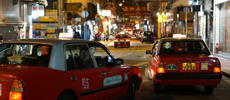 Czerwony taxi w Hong Kong zdjęcia royalty free