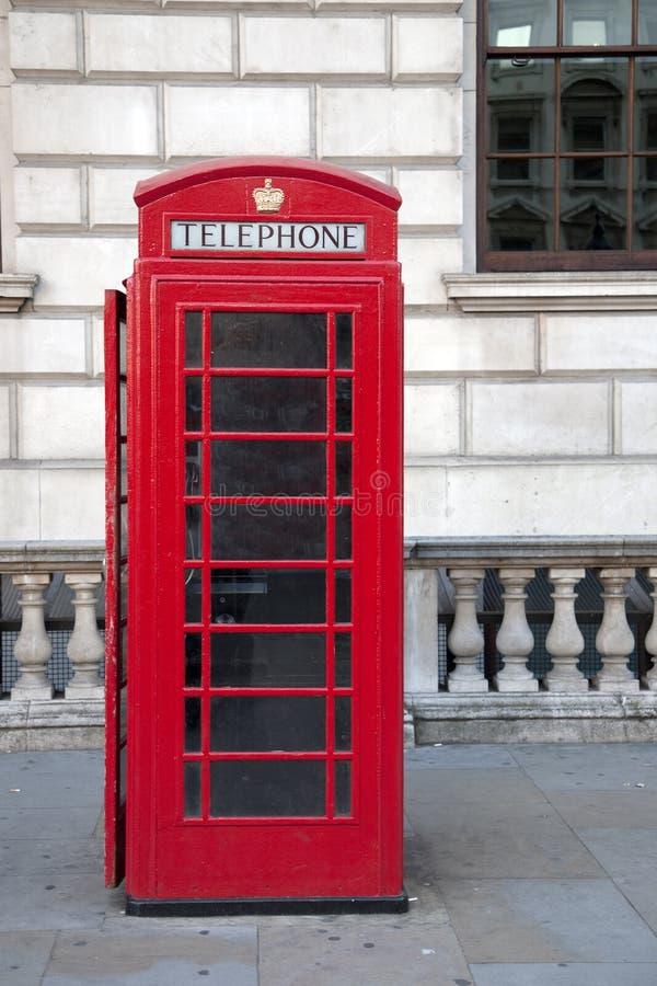 Download Czerwony Telefoniczny Pudełko, Londyn Obraz Stock - Obraz złożonej z tradycja, kabina: 28959843