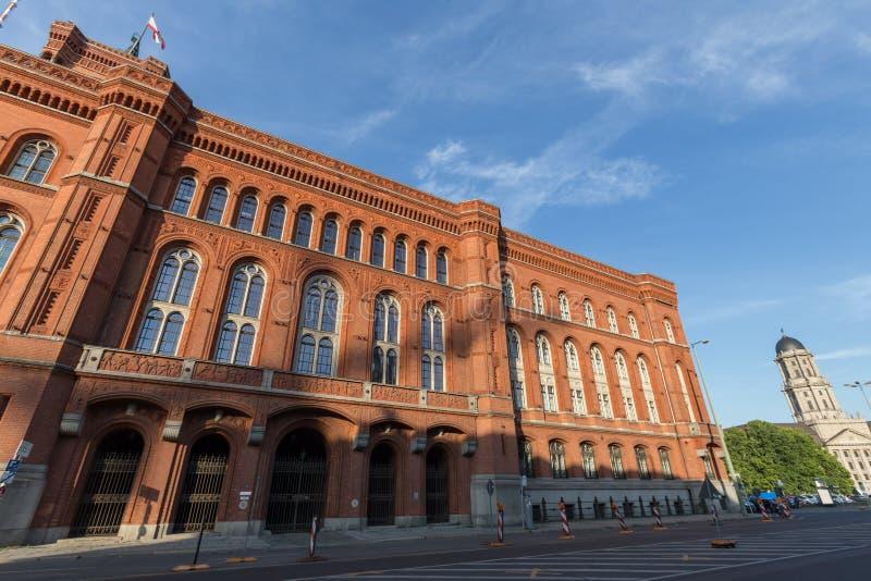 Download Czerwony Townhall Berlin Germany Obraz Stock - Obraz złożonej z historia, city: 57661107