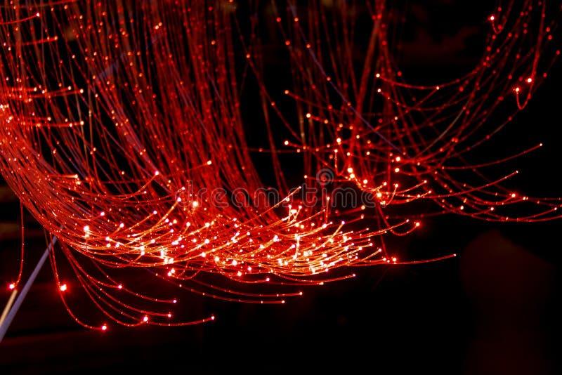 Czerwony włókno światłowodowe kabel obraz stock