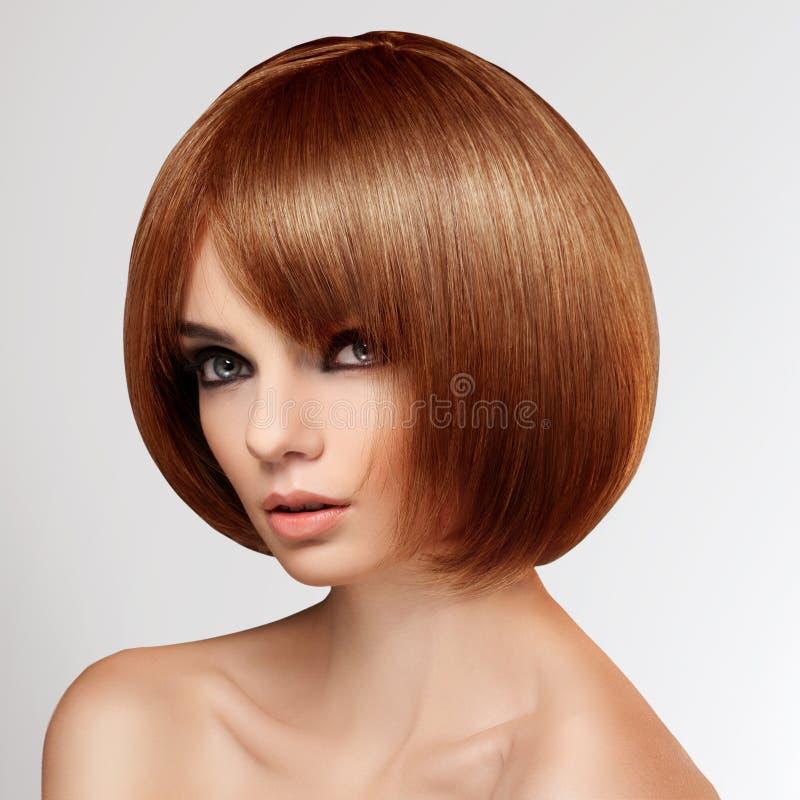 Download Czerwony Włosy. Wysokiej Jakości Wizerunek. Zdjęcie Stock - Obraz złożonej z zdrowy, shampooing: 28951180
