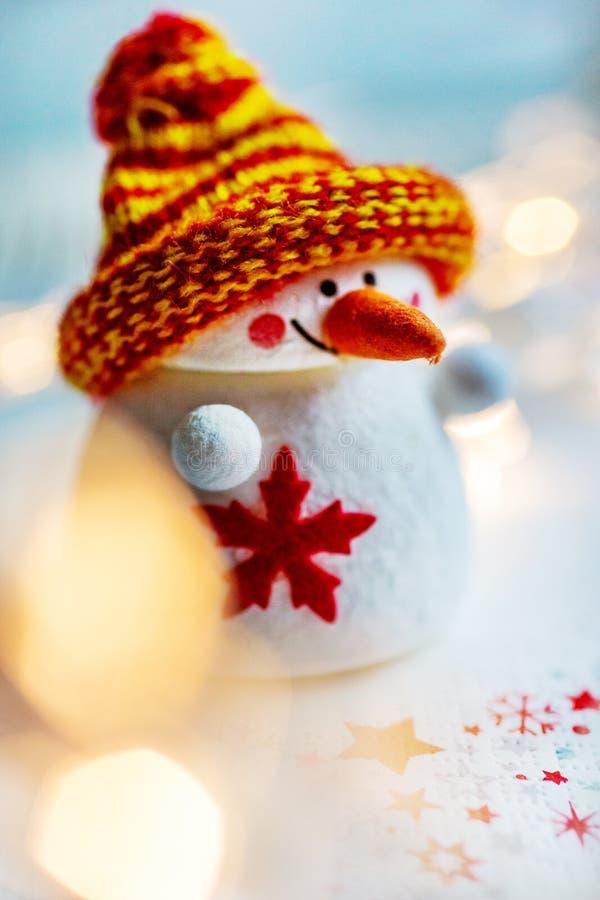 Czeski boże narodzenie czas i zwyczaje - biały bałwan postaci decorati obraz stock