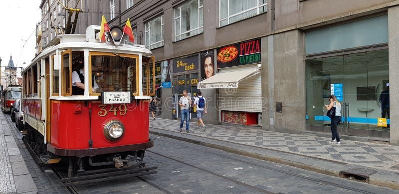 Czeski miasto tramwaju samochód obraz stock