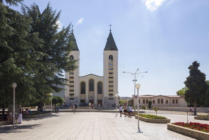 Czołowy widok świętego James kościół w Medjugorje zdjęcia stock