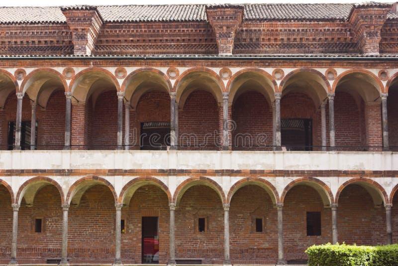 Czołowy widok fasada klozet Przyklasztorny przy Historycznym stanu uniwersytetem obrazy stock