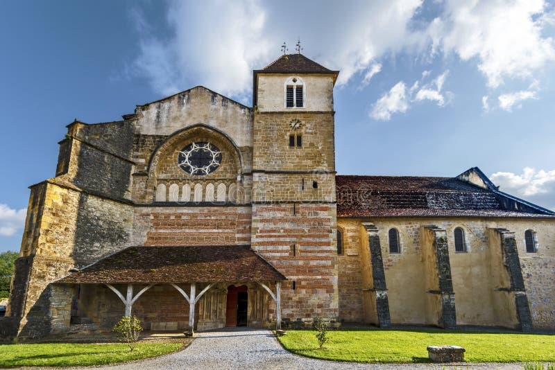 Czołowy widok przy Średniowiecznym opactwem Jean De Sorde znacząco scena w Compostela pielgrzymce UNESCO światowego dziedzictwa m zdjęcie royalty free