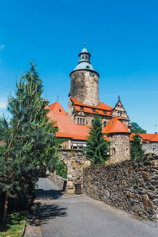 Download Czochakasteel Op Blauwe Hemel, Polen Stock Afbeelding - Afbeelding bestaande uit toerisme, zonnig: 107701891