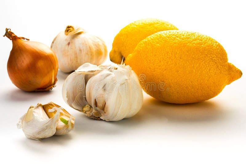 Czosnek, cytryna i cebula jako naturalna medycyna, obrazy stock